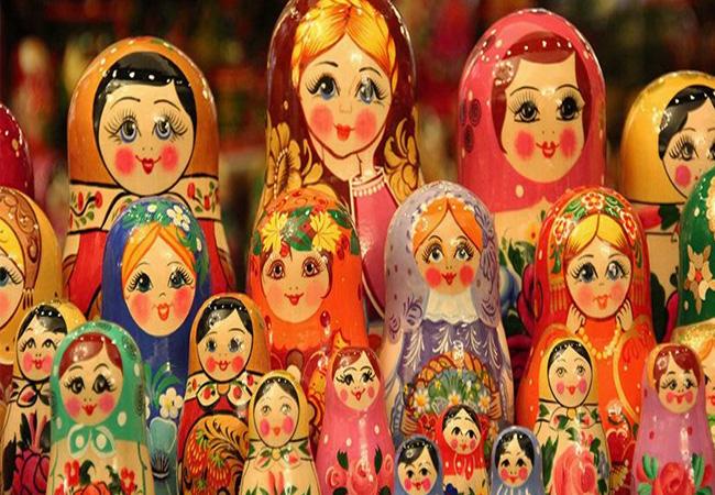 Matryoshka * 7 piezas * Muñeca Rusa Anidación * Color
